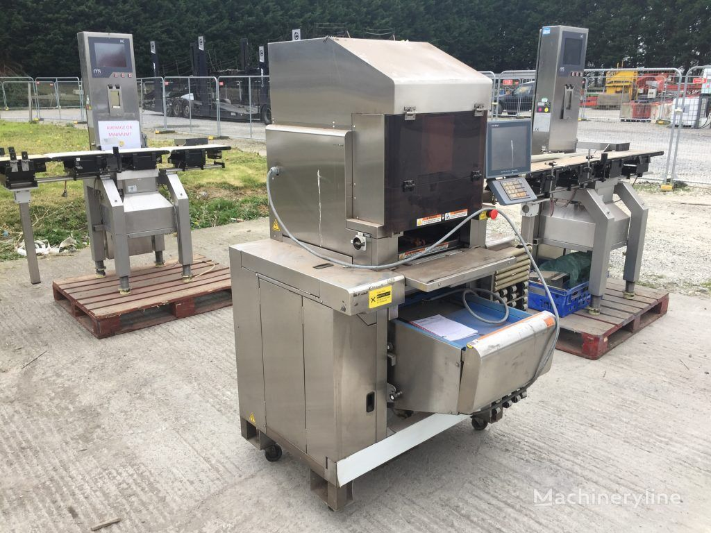 AVERY Weigher and Wrapper  packaging machinery