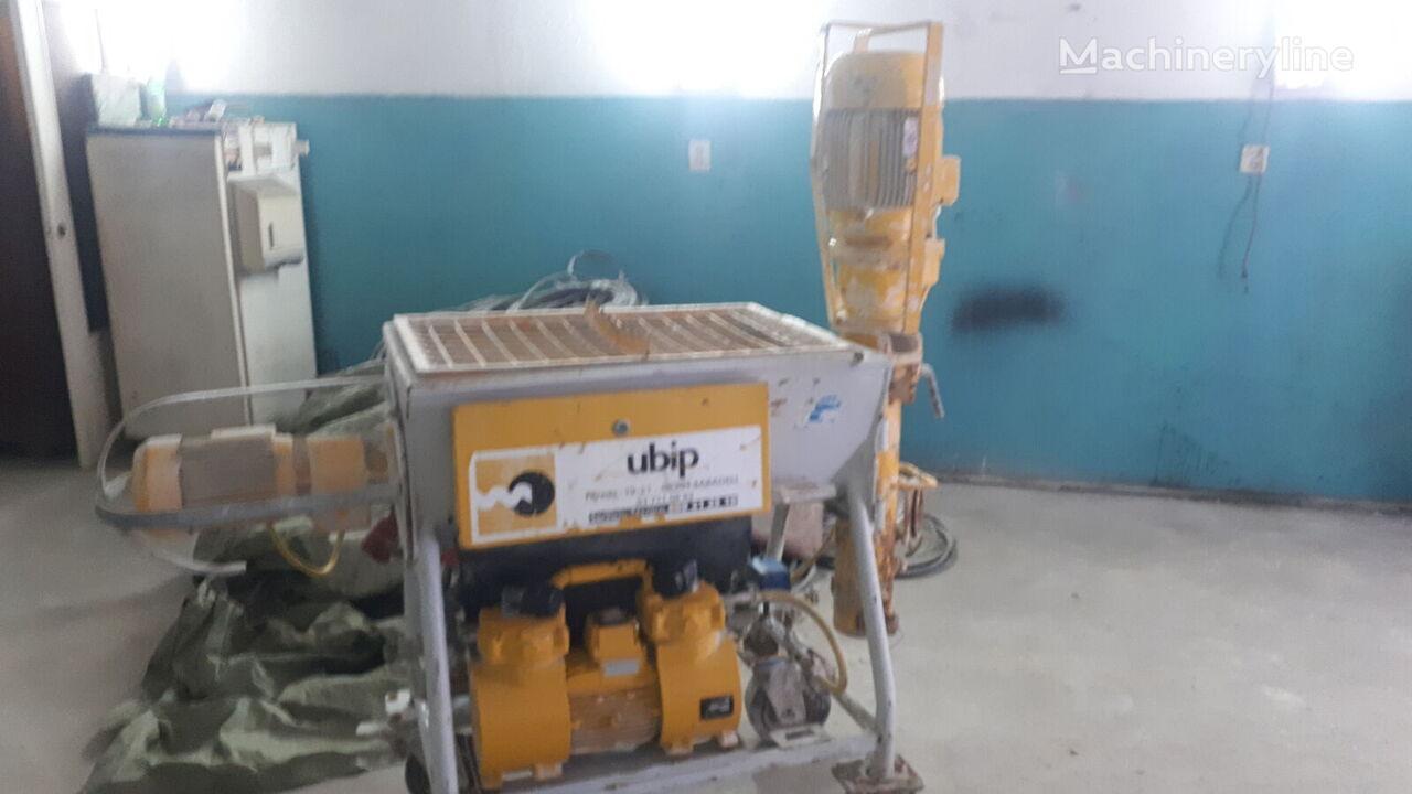 PUTZMEISTER Utiform master  plastering machine