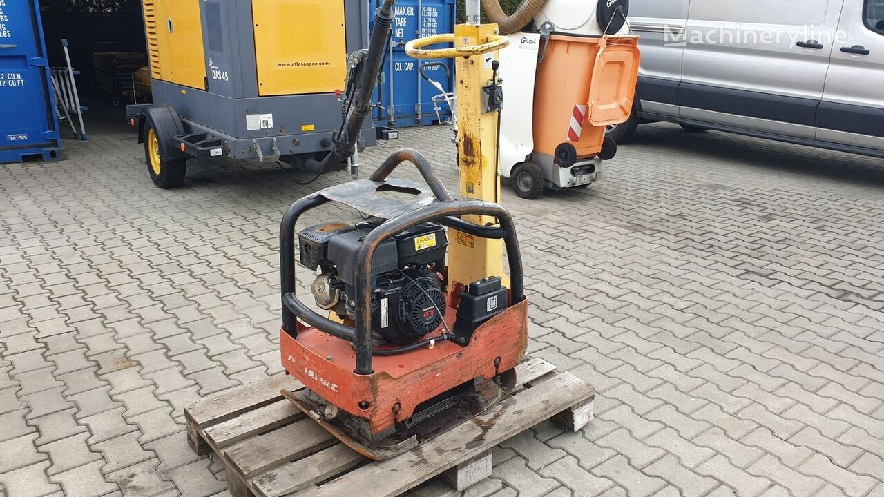 DYNAPAC LG 300 plate compactor