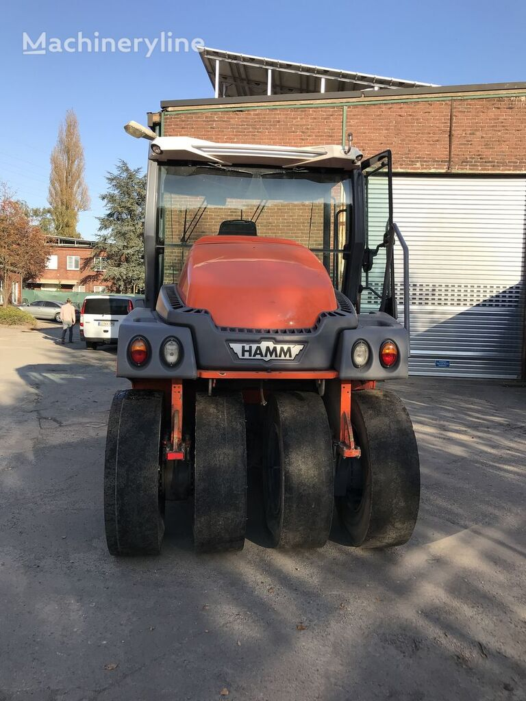 HAMM GRW 280 pneumatic roller
