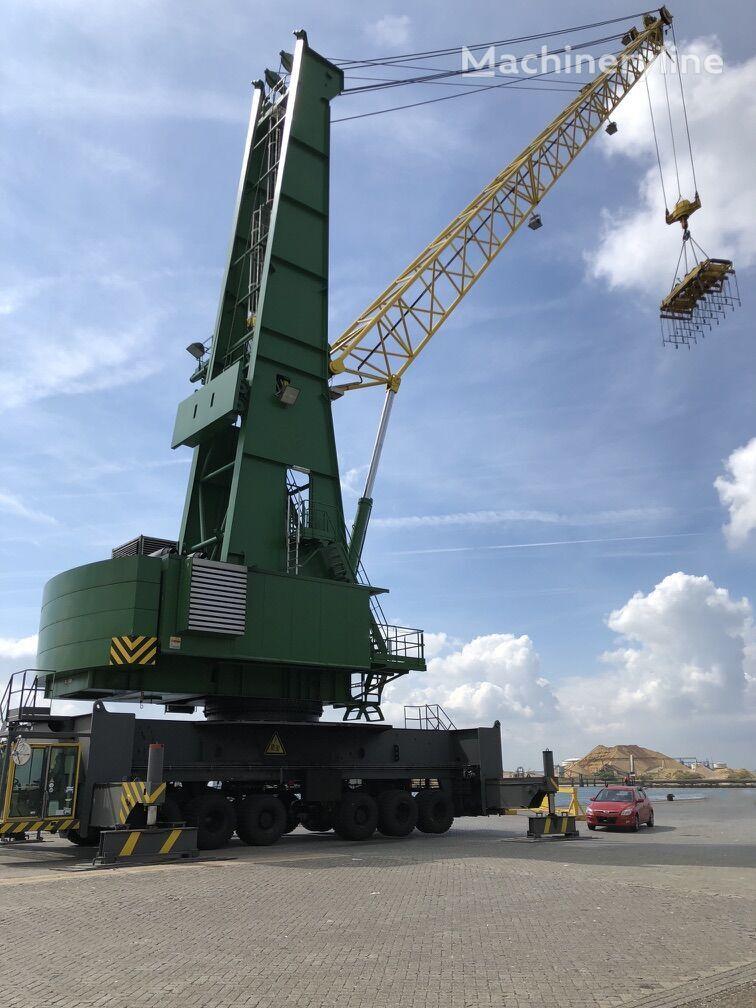 GOTTWALD HMK 260E port crane