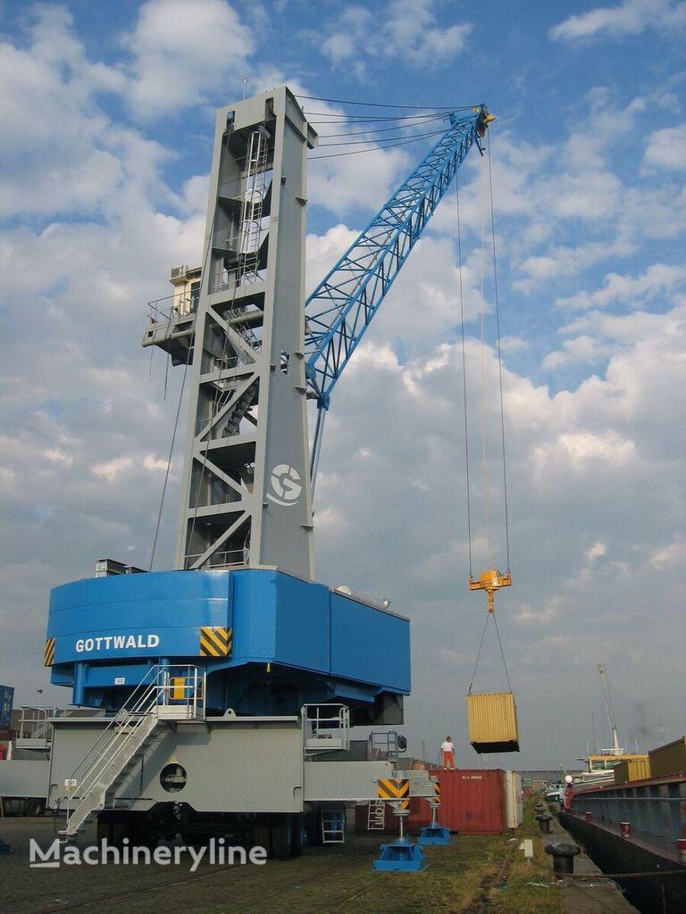 GOTTWALD HMK170E port crane