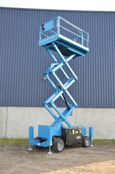 GENIE GS 2669 RT scissor lift