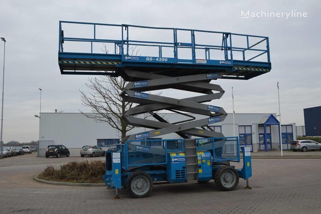 GENIE GS4390RT scissor lift