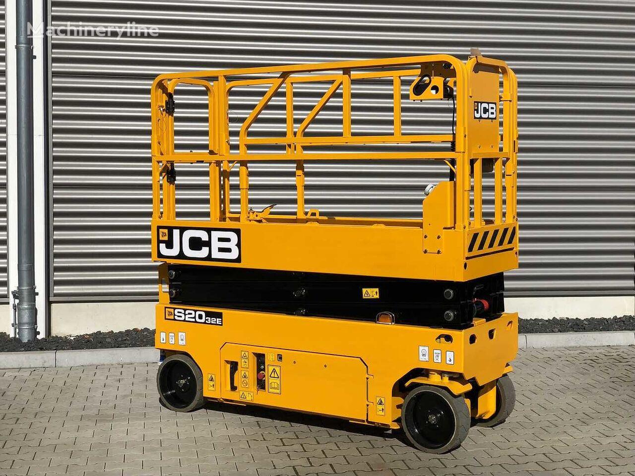 new JCB S2032E  scissor lift