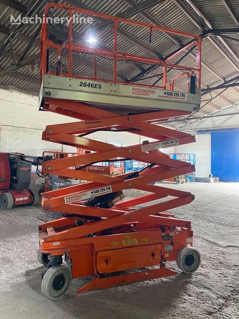 JLG 2646 ES scissor lift