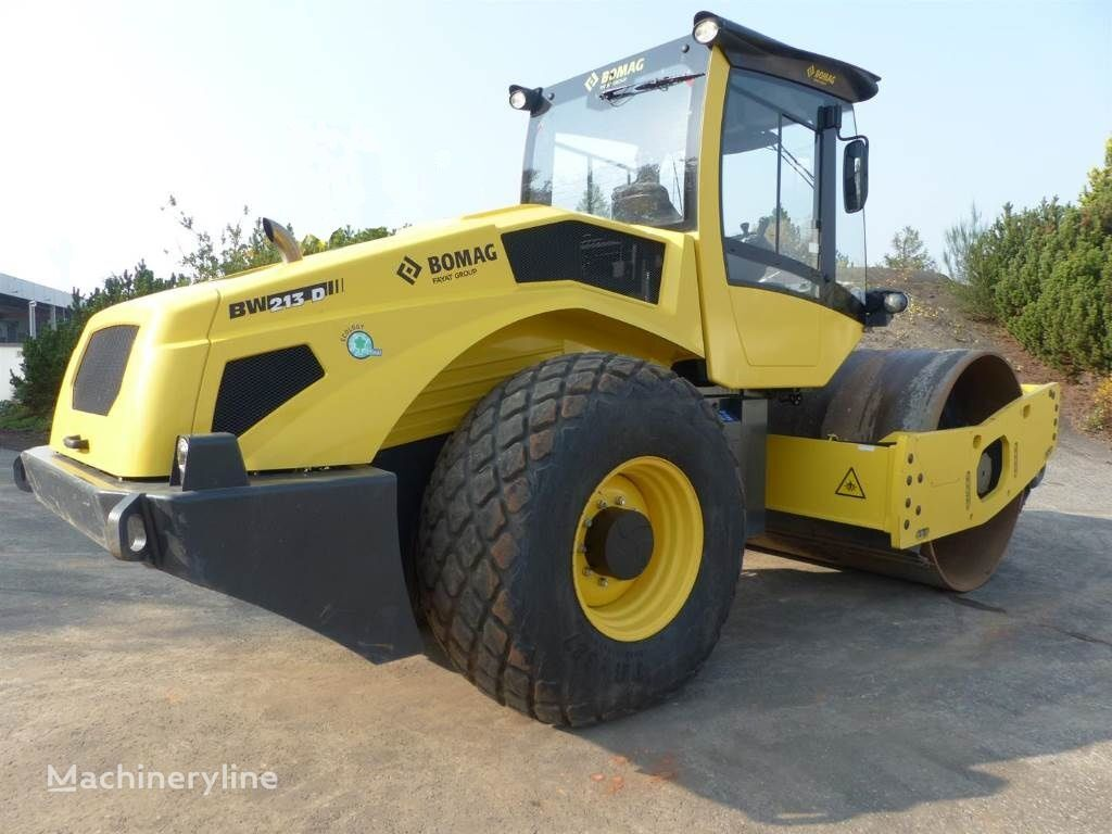 BOMAG BW 213 D-5  single drum compactor