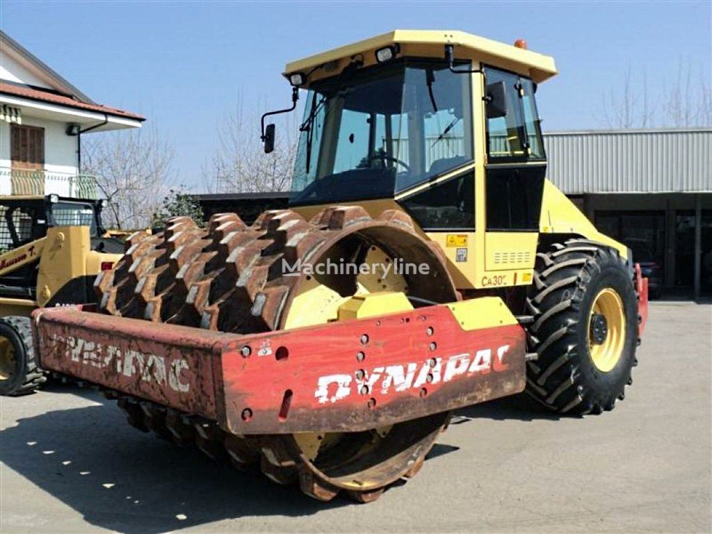 DYNAPAC CA 302 single drum compactor