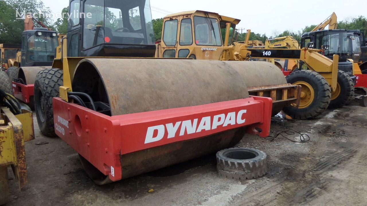 DYNAPAC CA301D single drum compactor