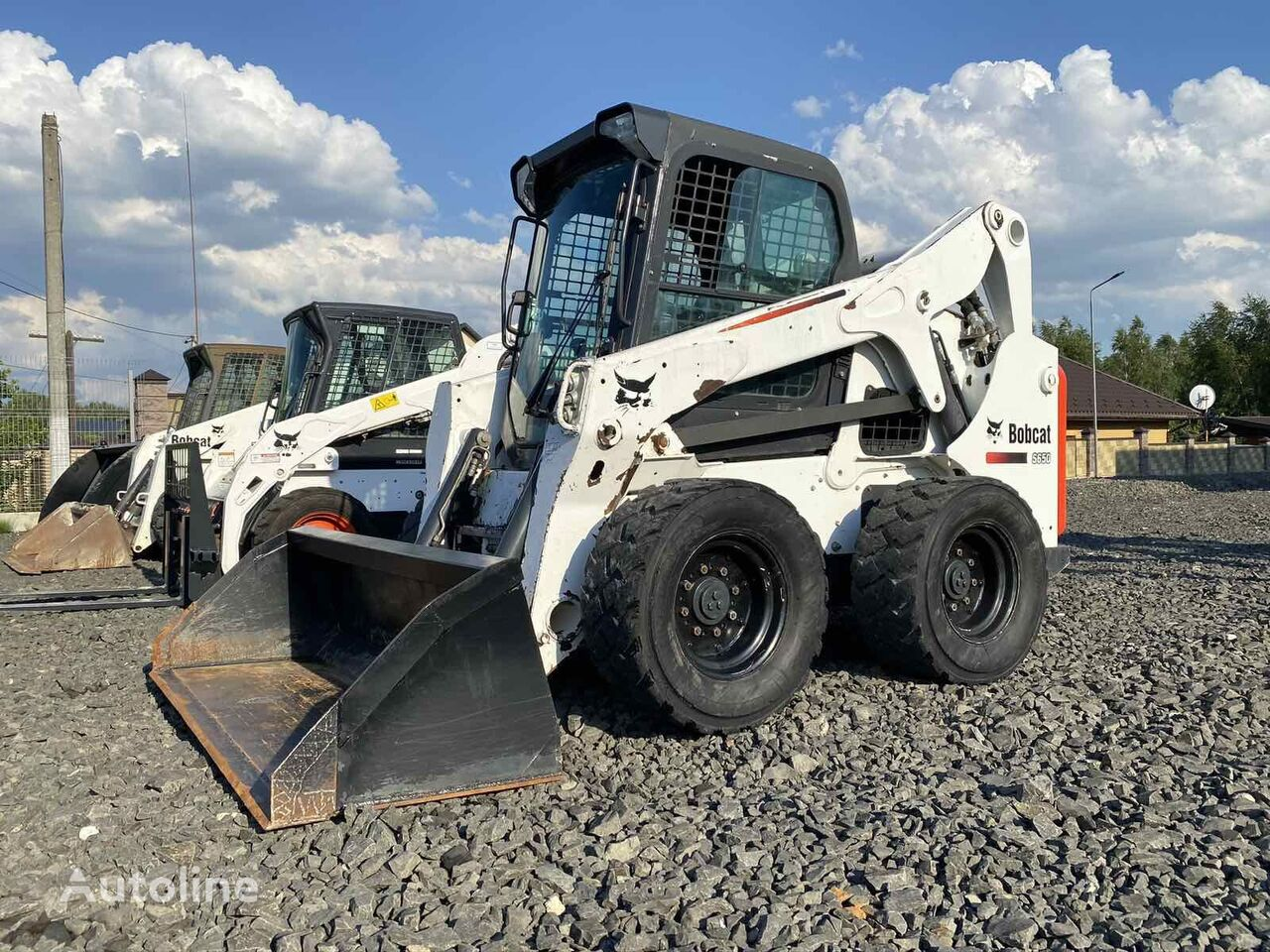 BOBCAT S650  v Lizing skid steer