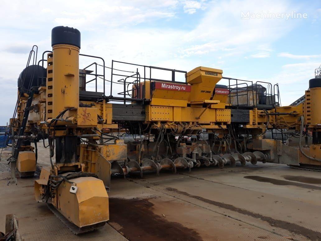 Gomaco GHP-2800  slipform paver