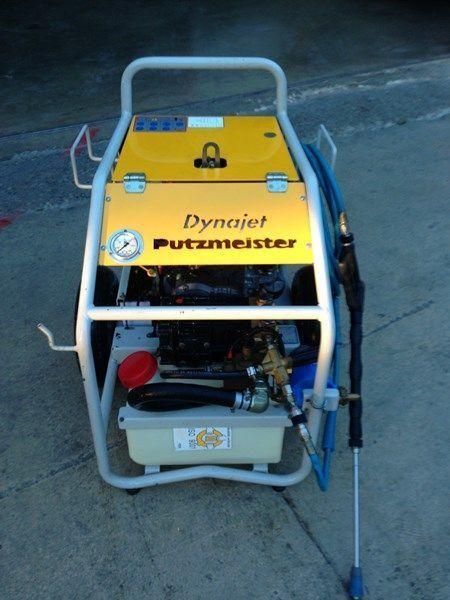 PUTZMEISTER putzmeister dynojet (maquina auxiliar para el plegado de plumas  stationary concrete pump