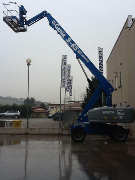 GENIE S 65 4WD telescopic boom lift
