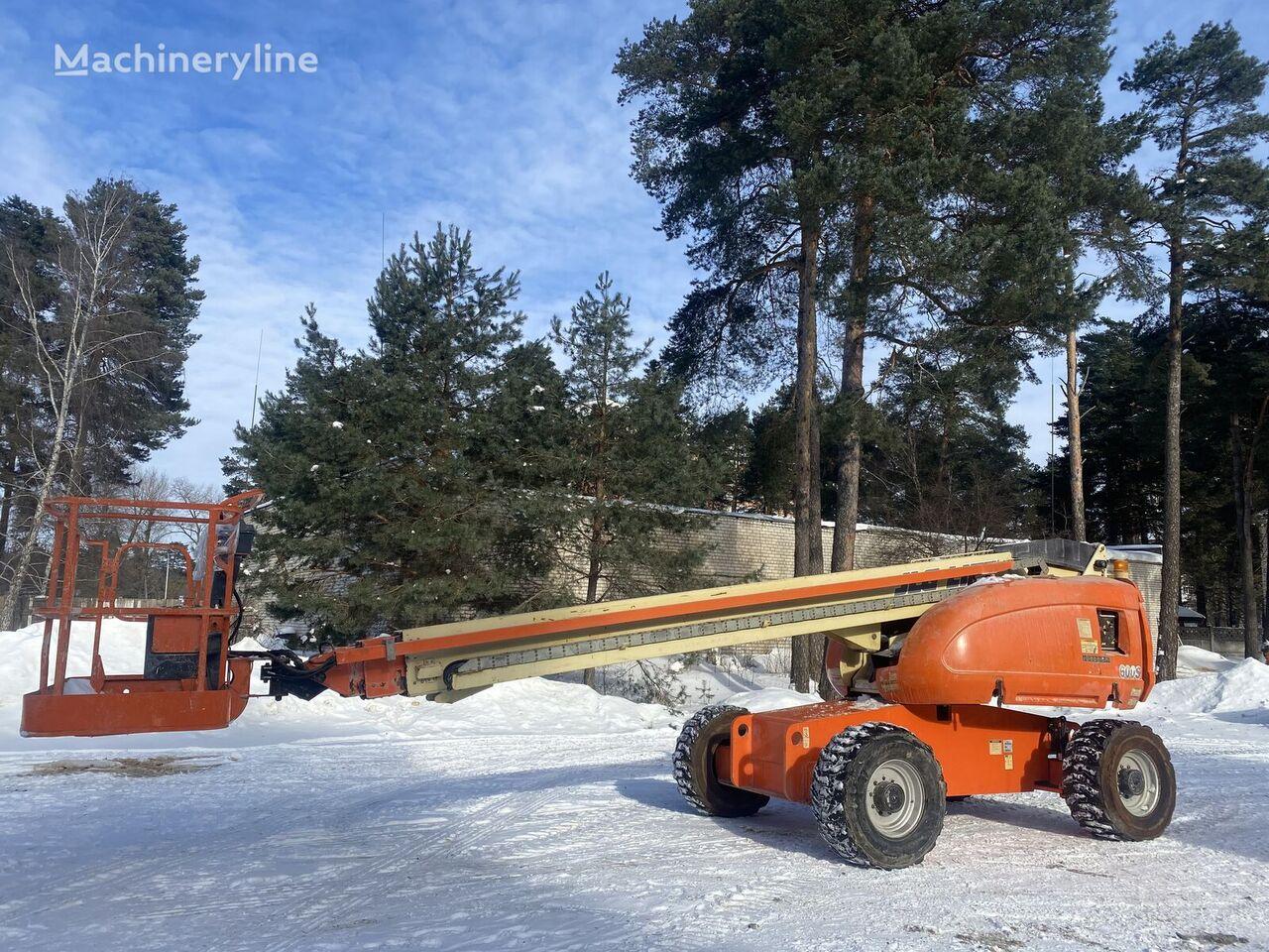 JLG 600 S telescopic boom lift