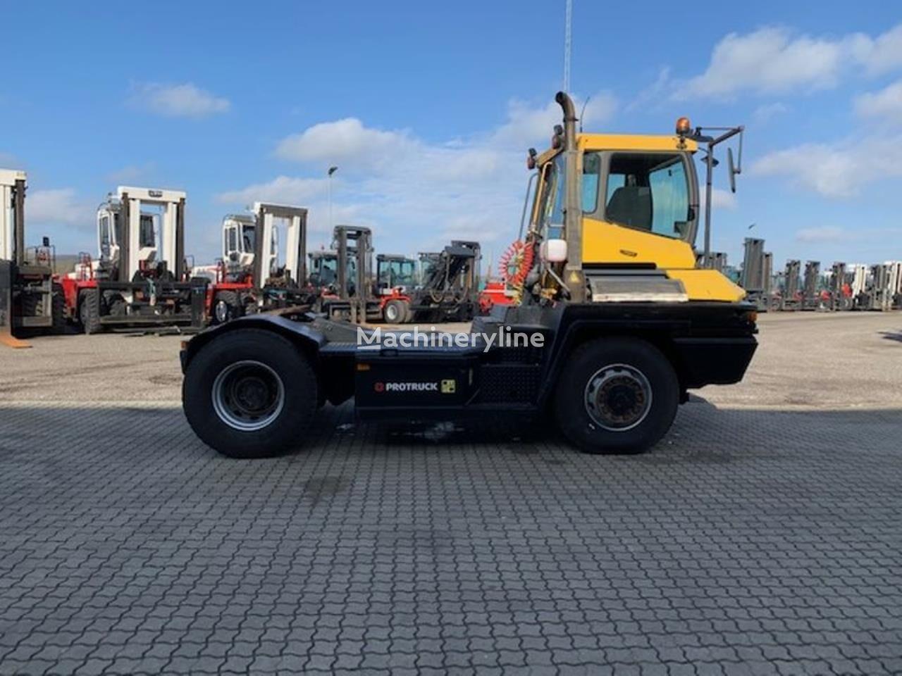 TERBERG RT282 terminal tractor
