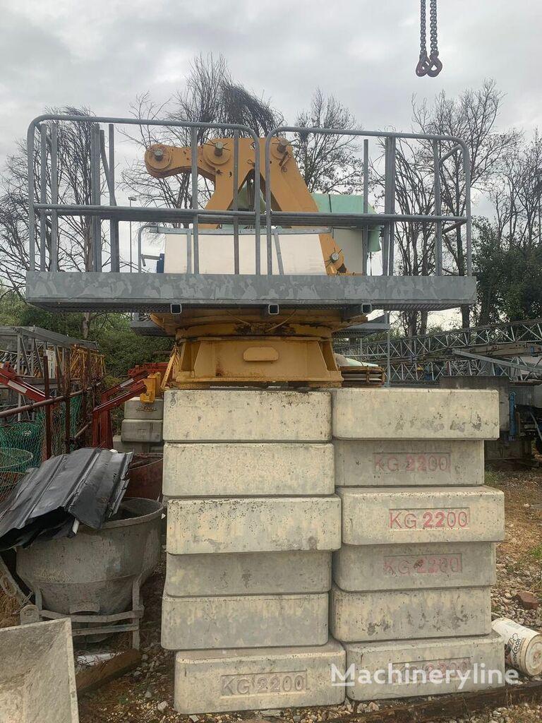 FMGru TLX 1040 tower crane