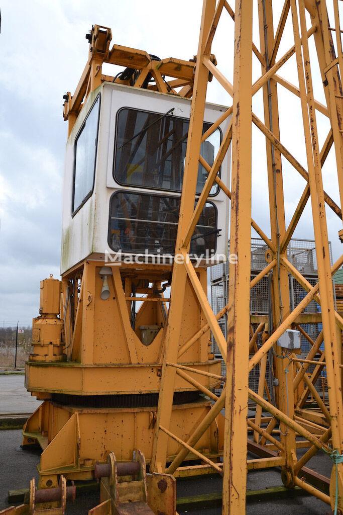 LIEBHERR 200 EC-H tower crane