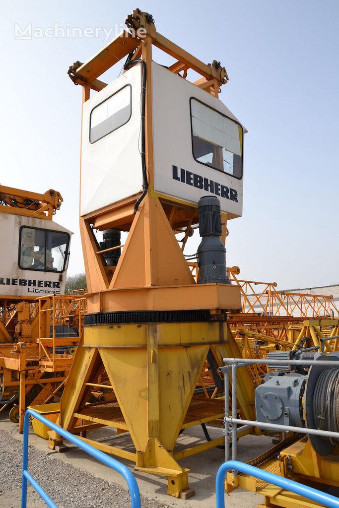 LIEBHERR 220 HC tower crane