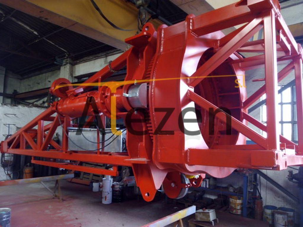 SAEZ s 52 RECONDITIONED tower crane