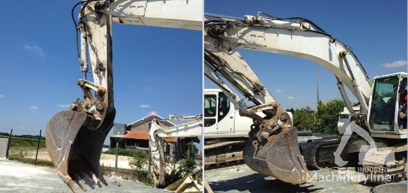 CASE 1288 LC tracked excavator