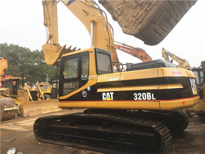 CATERPILLAR 320B tracked excavator