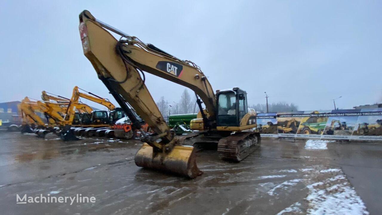 CATERPILLAR 320DL tracked excavator