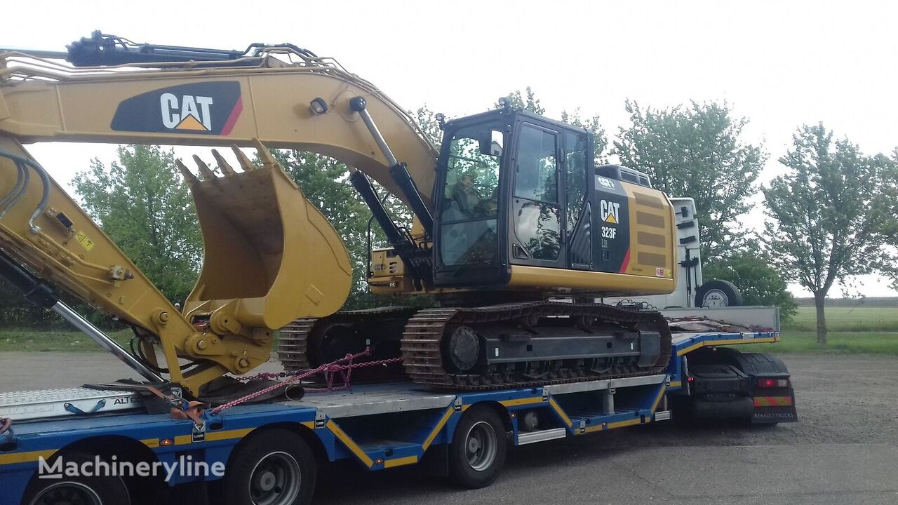 new CATERPILLAR 323F tracked excavator