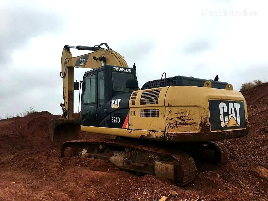 CATERPILLAR 324D tracked excavator