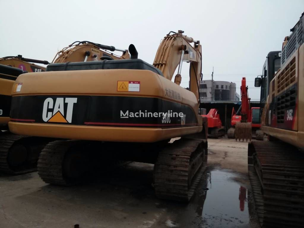 CATERPILLAR 330C tracked excavator