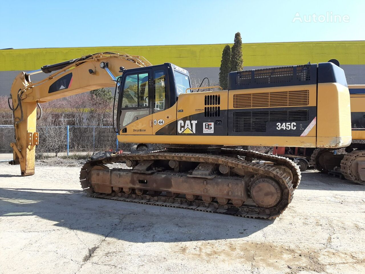 CATERPILLAR 345CL tracked excavator