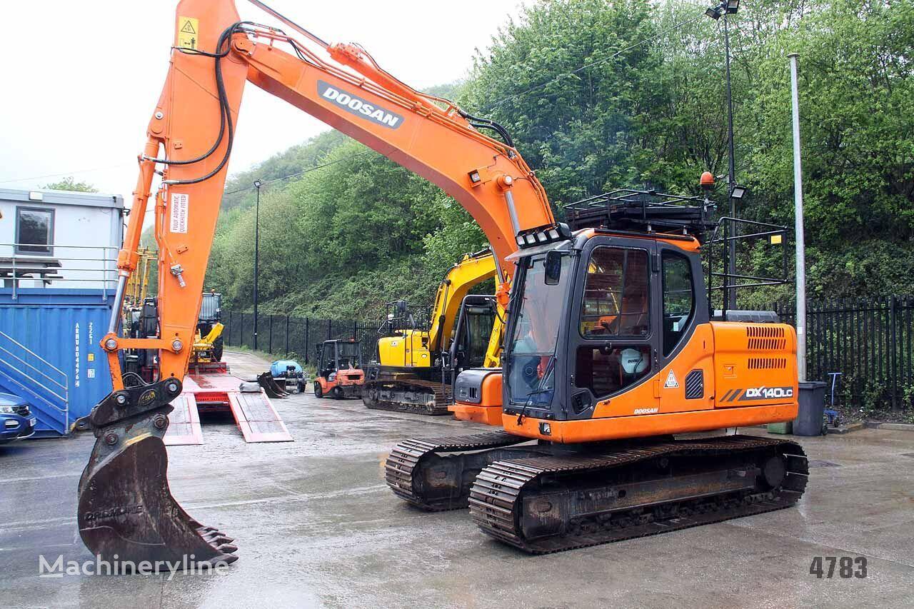 DOOSAN DX140  tracked excavator