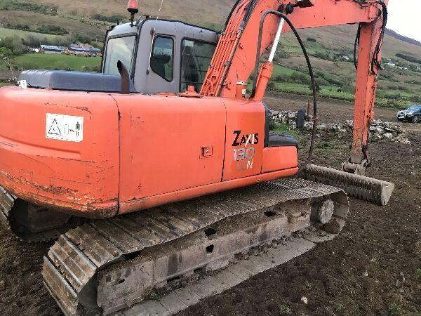 HITACHI Zaxis 130 tracked excavator