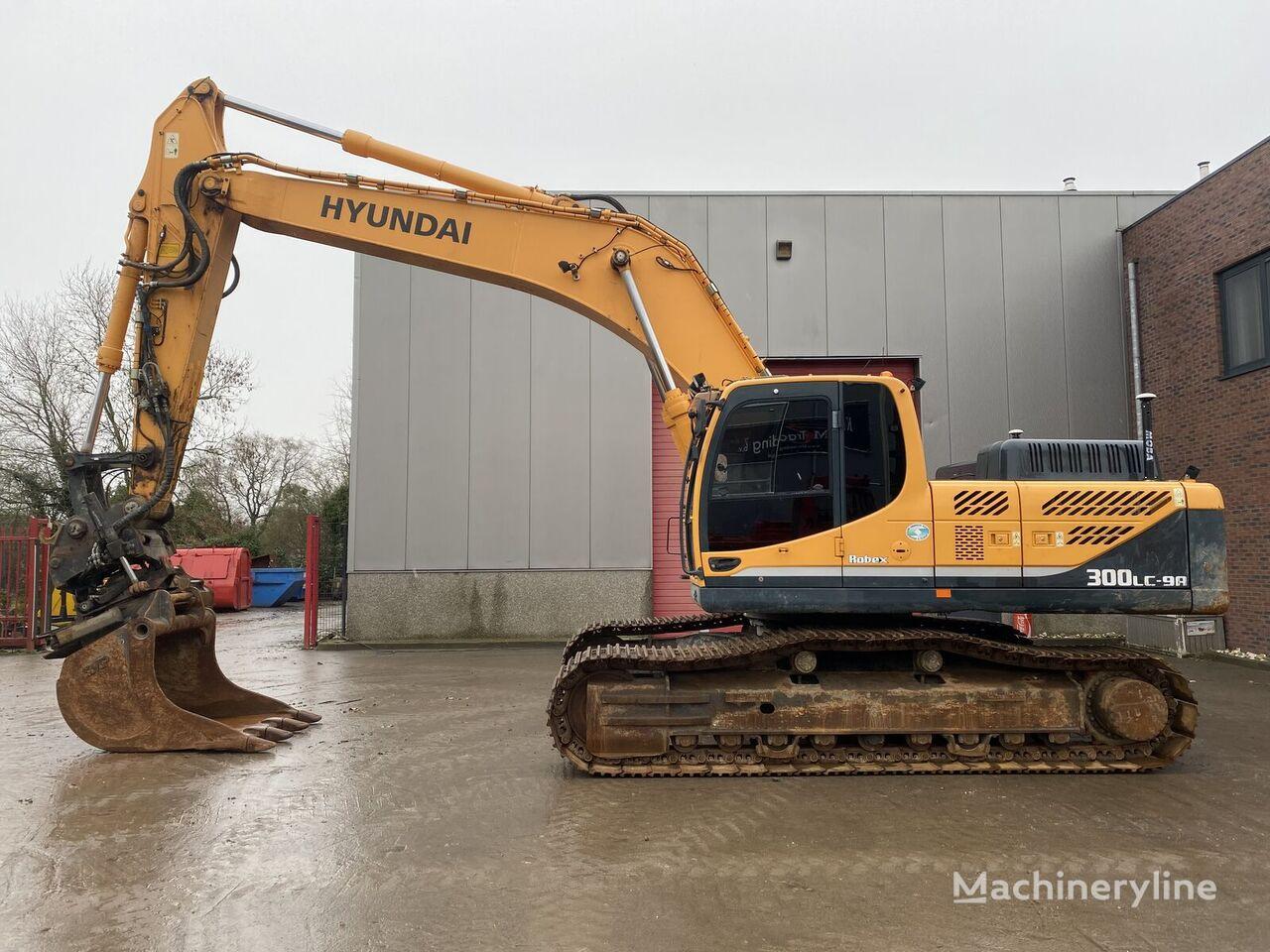 HYUNDAI Robex 300LC-9A  Rotortilt tracked excavator