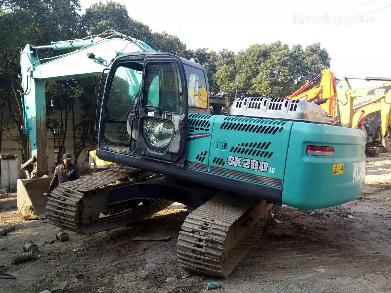 KOBELCO SK250 tracked excavator