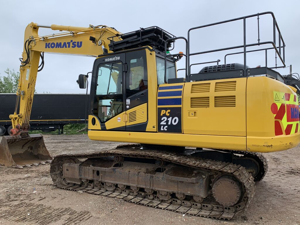 KOMATSU PC210LC 240 PC 210 LC EU financing tracked excavator