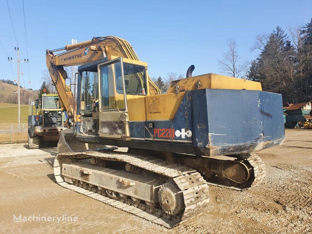 KOMATSU PC220 tracked excavator