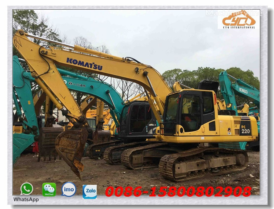 KOMATSU PC220-8 tracked excavator for parts