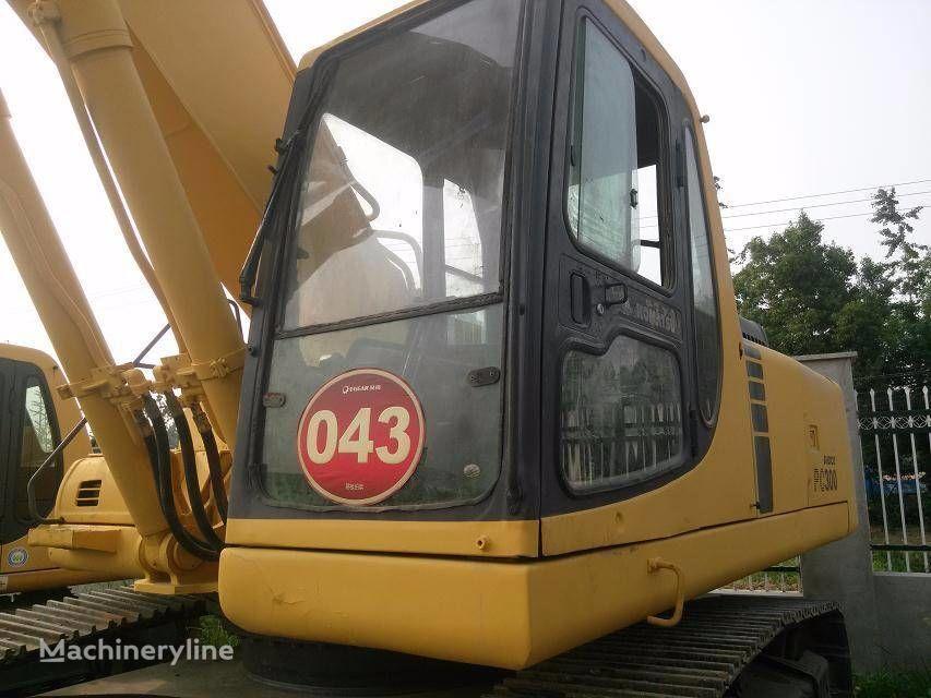 KOMATSU PC300-6E tracked excavator
