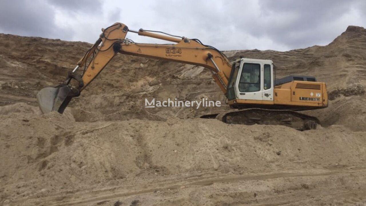 LIEBHERR R934 tracked excavator