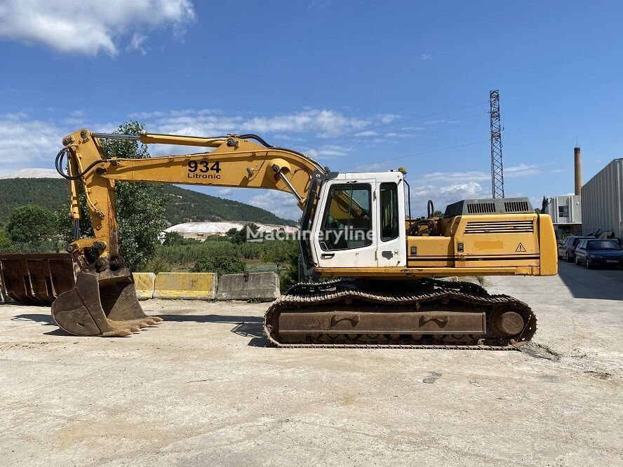 LIEBHERR R934 B tracked excavator