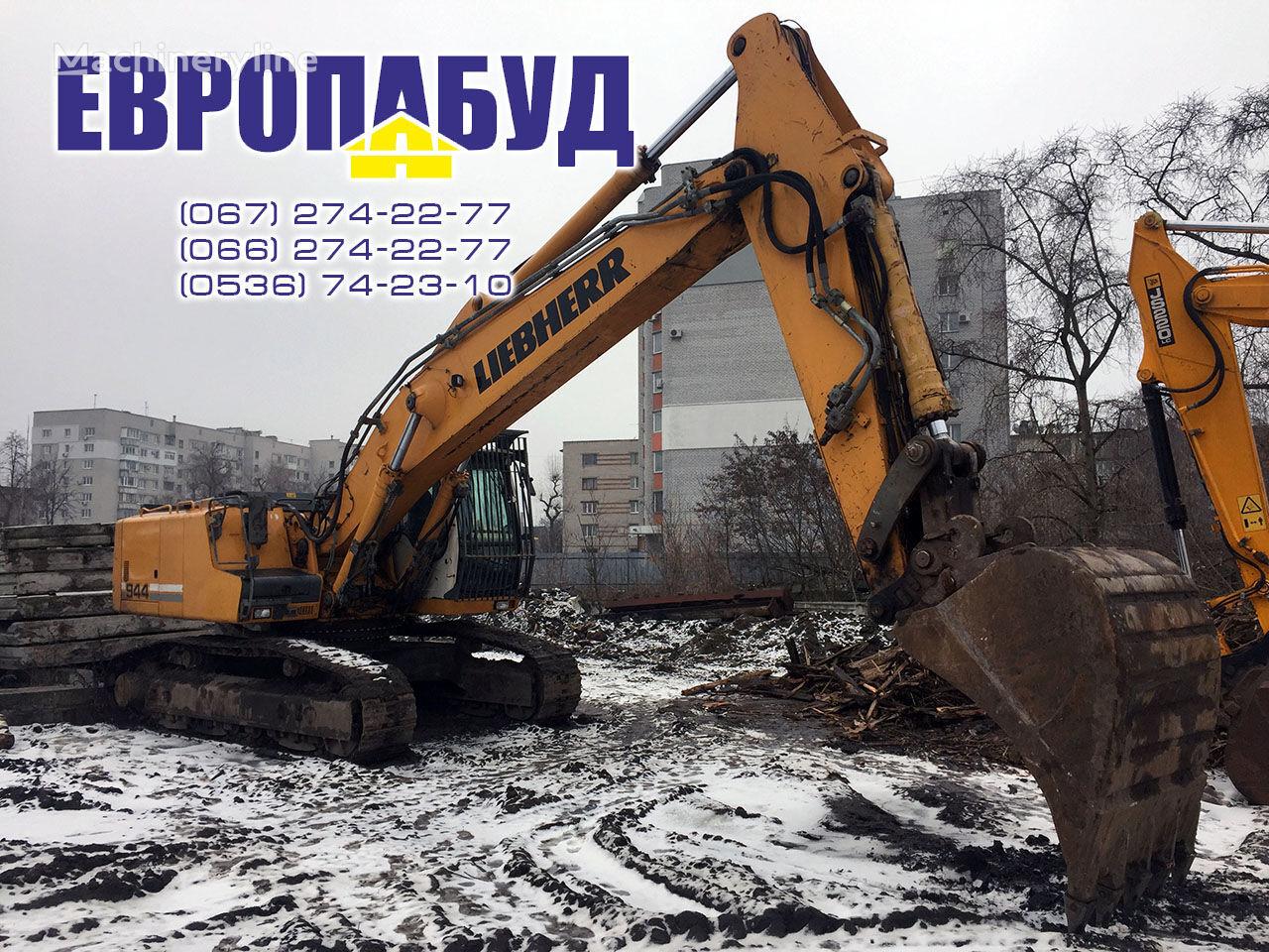 LIEBHERR R944C HDS tracked excavator
