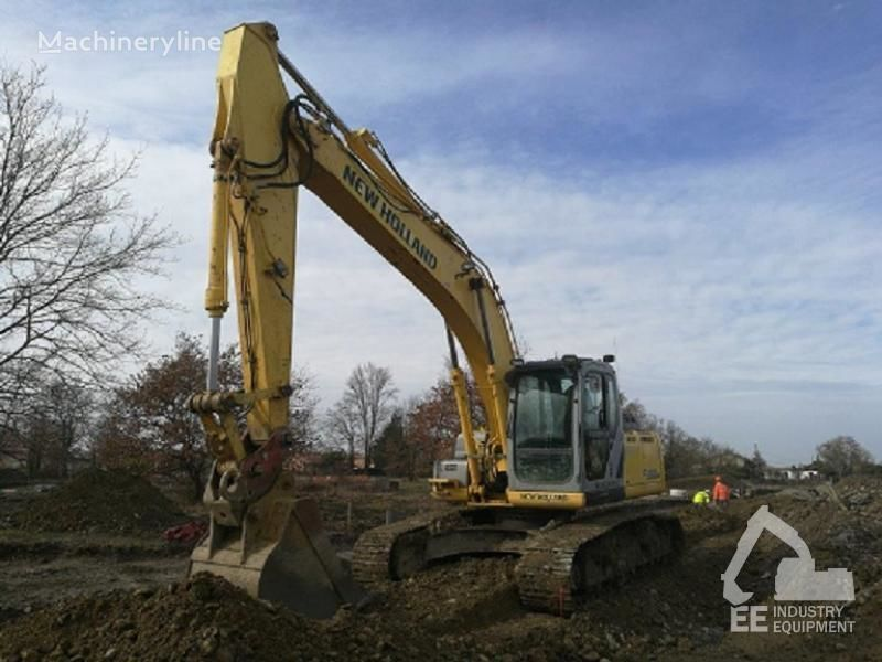 NEW HOLLAND E 215 B tracked excavator
