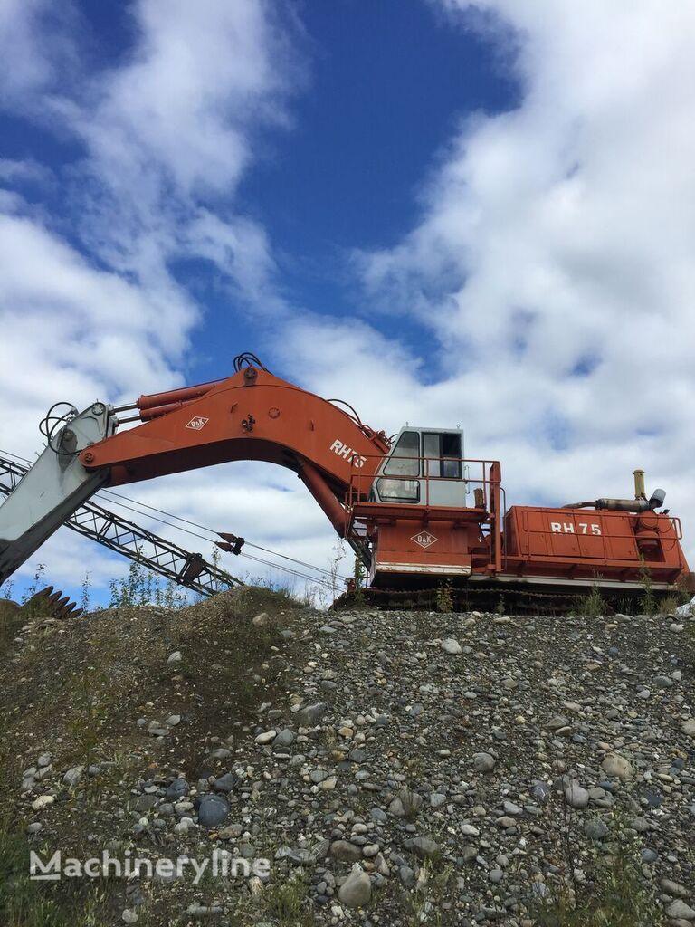 O&K RH75 tracked excavator