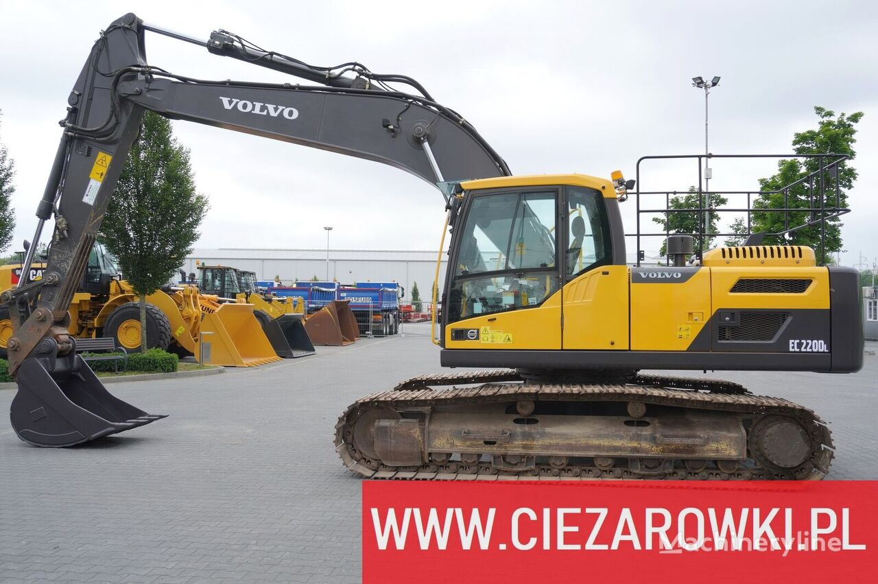 VOLVO 24T excavator EC220DL / track 700mm / quick / camera / a-c tracked excavator