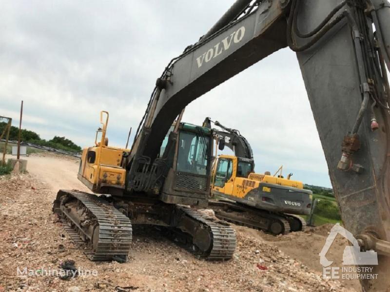 VOLVO EC 210 2 X tracked excavator