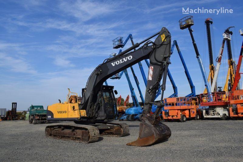 VOLVO EC 210 C tracked excavator