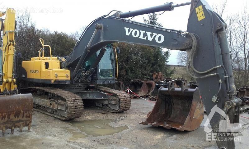 VOLVO EC 290 CNL tracked excavator