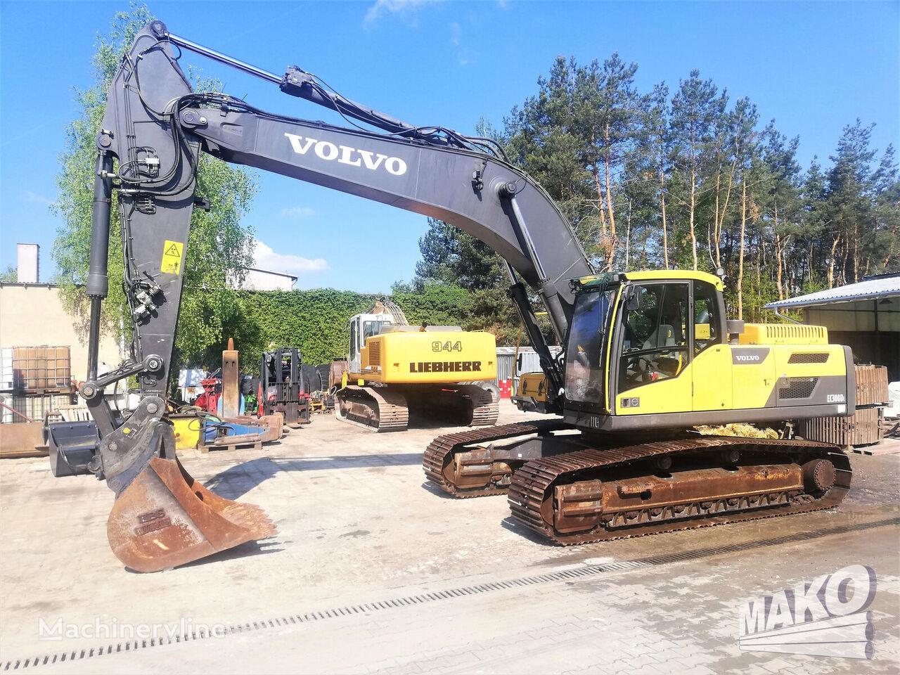 VOLVO EC 300 tracked excavator