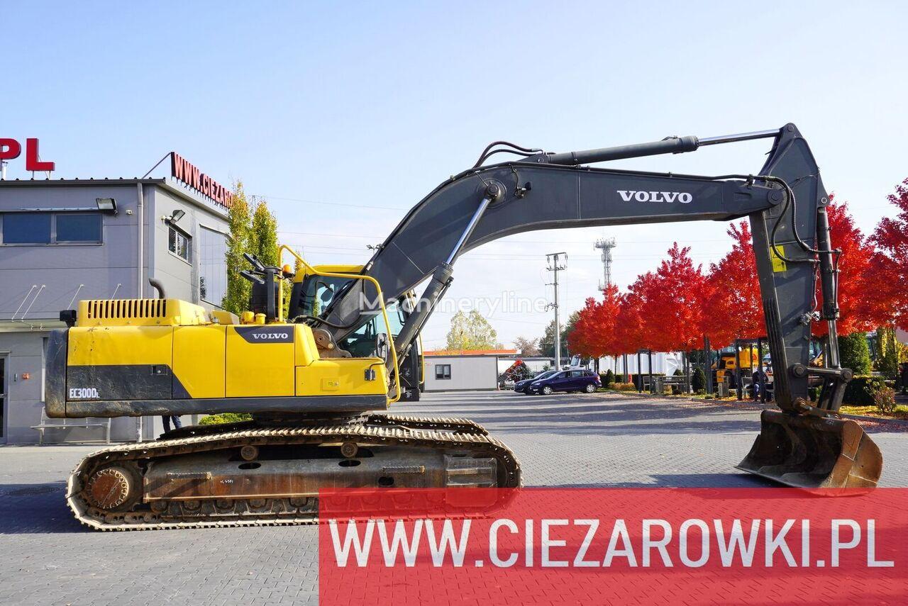 VOLVO EC 300 DL , 30t , bucket , pads 600mm , A/C , camera . P tracked excavator
