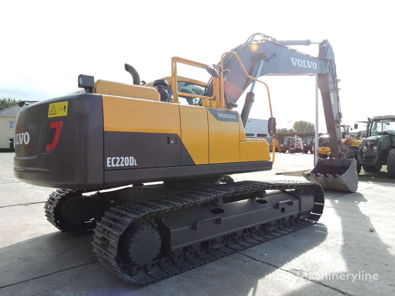new VOLVO EC220D tracked excavator